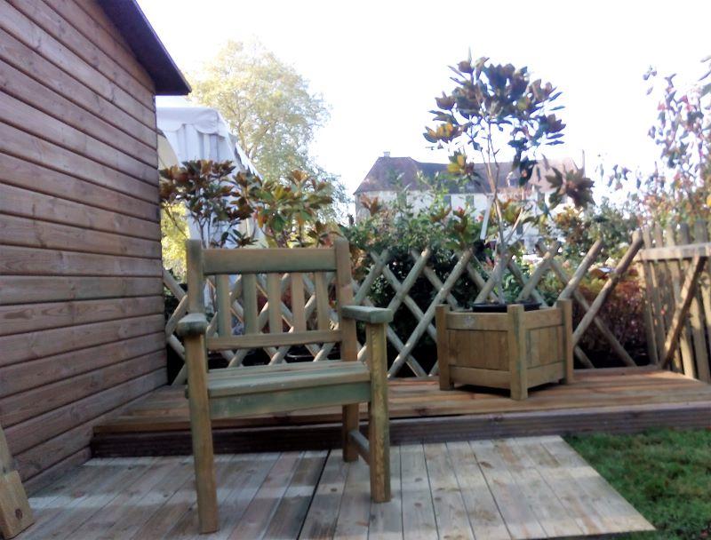 Fauteuil et jardinière en pin traité autoclave classe 4